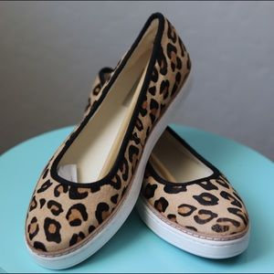Authentic NWT UGG leopard Kammi shoes